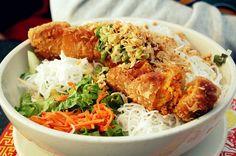 Bo Bun Cha Gio (Vietnamese food)