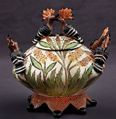 Hoopoe Tureen Ardmore Ceramic black-white and red hoopoe birds on the lid and handles