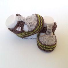 Chaussons bébé forme sandales en coton tricot fait main sable, chocolat, anis 0 3 mois@nana-creations.
