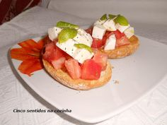 Cinco sentidos na cozinha: Bruschetta com tomate e mozzarella