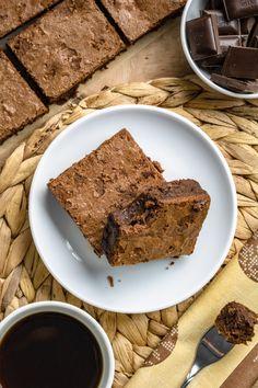 Najlepsze brownies (5 składników) Brownies, Healthy Snacks, Food And Drink, Treats, Blog, Lasagna, Recipies, Cake Brownies, Health Snacks