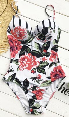 This summer is gonna be so lit! $23.80&Faster shipping. Exlusive swimwear makes you close to the sea. So chic and supportive design for teen girls. Why not pick this Cupshe Movie Scene Floral One-piece Swimsuit? Shop now.