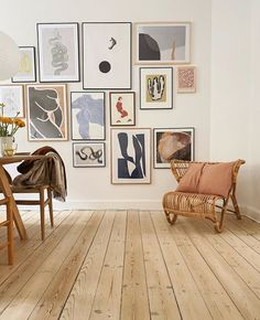 Photo shared by Att Pynta // Scandi Homewares on May 2020 tagging Image may contain: table and indoor via Mtv Cribs, Minimalist Home Decor, Rattan Furniture, House Entrance, Linnet, Apartment Design, Apartment Goals, Scandinavian Interior, Wall Design