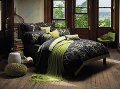 Bed Room, black and green