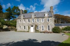 Llanfendigaid Estate : Rare Hideaways