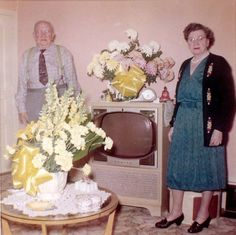 """""""Go Over There, By The TV"""" – 22 Funny Vintage Photos Of People Standing Next To Their Televisions"""