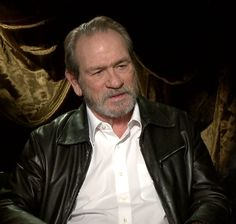 Is that a slight smirk on the face of Tommy Lee Jones?