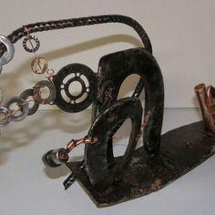 """Sculpture """"dinosaures"""" en métal et marcassite, art singulier par amabati http://amabati.com"""
