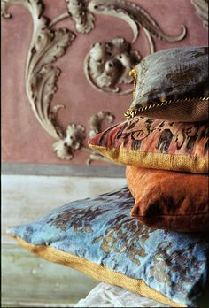 Vintage pillows venetian plaster and gilded stencils … for the home indeed.