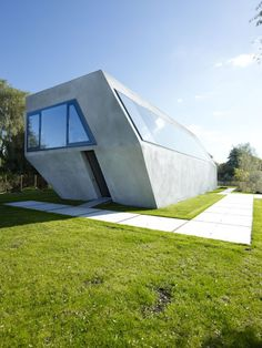 Sodae House by VMX Architects/ Amstelveen, Netherlands