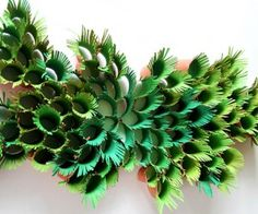 green-ferns-paper-sculpture from paper towel rolls