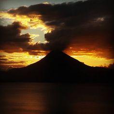 "11 Likes, 1 Comments - Authentic Guatemala Travel (@authenticguatemalatravel) on Instagram: ""Lake Atitlan Sunsets within volcanos in Guatemala.  #seeyouinguatemala #lakeatitlantours…"""