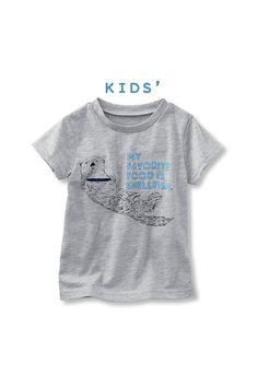 スマスイの飼育員さん監修! リアルかわいいラッコTシャツ(貝も出るよ!)。 スマスイとコラボ 水族館の人気者! ラッコTシャツ〈キッズ〉
