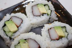 California Sushi roll recipe.  This is a classic American sushi roll.  Cooked Sushi roll for beginners.