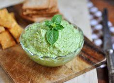Anja's Food 4 Thought: Raw Pea Basil Hummus