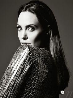 Angelina Jolie ELLE 2014 | Angelina-Jolie-by-Hedi-Slimane-for-ELLE-US-June-2014-2-768x1024