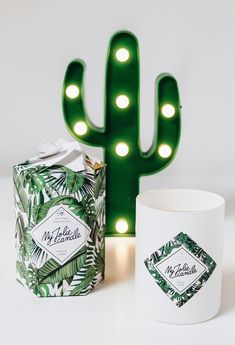 Room decor bedroom ideas women New ideas Tropical Candles, Rose Gold Rooms, Room Decor For Teen Girls, Deco Nature, Gold Candles, Cactus, Vintage Diy, Room Decor Bedroom, Bedroom Ideas