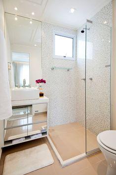 #Pastilhas: as pastilhas são uma boa sugestão para se utilizar nos banheiros, seja em uma única cor ou mesclando uma ou mais cores.