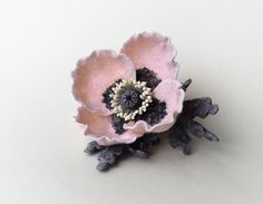 Felt flower brooch pale pink Poppy by Roltinica on Etsy