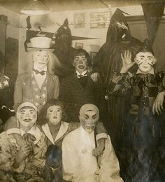 Yeh // 30 Black & White Photos That Will Haunt Your Dreams