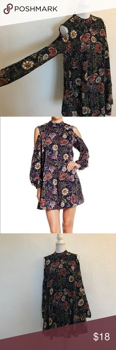 Angie cold shoulder navy blue floral print dress Angie (Macy's/ Nordstrom/ Dillard's brand // Cold shoulder navy blue floral print dress // Worn once for a few hours for a special event, washed/line dry // Fun and flirty, wore as a tunic with skinny jeans // 33 inches long (measured from shoulder to bottom, but varies since it's a swing dress 👗), 20 inches bust, 8 inches open for shoulders, 16 inches around neck // Photos 1 and 6 are model photos // Smoke free home // Please feel free to…