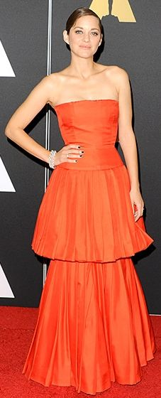 Marion Cotillard stunned in a scarlet number by the French fashion house.