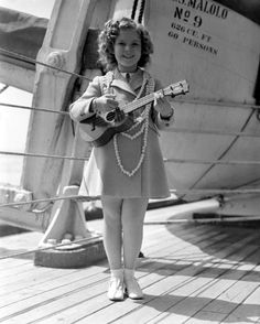 Shirley Temple with #ukulele One of my favorite childhood actors and one of my current favorite hobbies together in one pic.