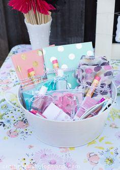 fun bridal shower game prize ideas! #bridalshower