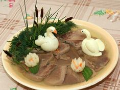 Aperitive Archives - Page 5 of 9 - Bucatarul Cute Food, Good Food, Christmas Meat, How To Make Jelly, Food Carving, Food Garnishes, Garnishing, Cooking Recipes, Healthy Recipes