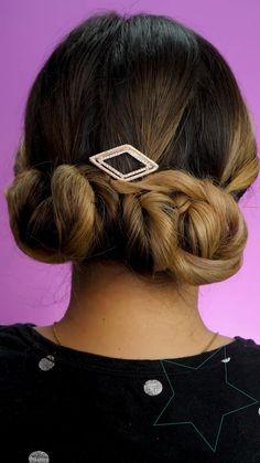 Easy Hairstyles For Long Hair, Cute Hairstyles, Hair Express, Layered Curly Hair, Hair Upstyles, Long Hair Video, Hair Decorations, Wild Hair, Cut My Hair