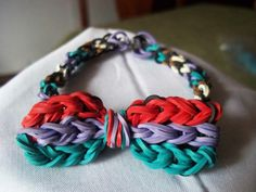 Rainbow Loom - Inverted Fishtail Bow Bracelet http://www.etsy.com/shop/NYPMS