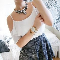 Snow White Statement Necklace #ootd #fashionista #girly -  24,90 € @happinessboutique.com