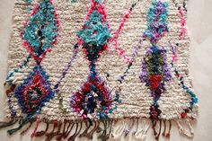 PECULIAR FLOWERS 8'x5' Boucherouite Rug. Tapis by pinkrugco