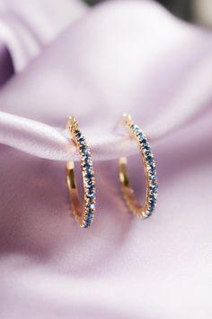 Rose Gold Bar earrings in Rose Gold fill, rose gold bar studs, gold bar post earrings, minimalist jewelry - Fine Jewelry Ideas Ear Jewelry, Cute Jewelry, Jewelry Gifts, Silver Jewelry, Jewelry Accessories, Jewelry Necklaces, Gold Bracelets, Modern Jewelry, Silver Ring