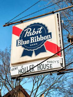 The Holler House on Lincoln Ave. in Milwaukee, WI. Burger Dogs, Burgers, Wisconsin, Michigan, Beer Memes, Pabst Blue Ribbon, Beer Cans, Argo, Advertising Signs