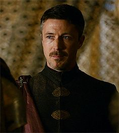 Petyr Baelish, a despicable character but Aiden Gillen is such a hottie Peter Baelish, Lord Baelish, Sansa And Petyr, Sansa Stark, Aidan Gillen, Game Of Trones, Drama Games, Winter Is Here, Irish Men