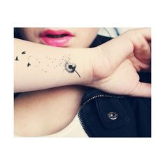 35 Fascinating Girls With Tattoos CreativeFan ❤ liked on Polyvore featuring tattoos, tatoos, tattos, accessories, pictures and filler