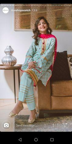 Girls Dresses Sewing, Stylish Dresses For Girls, Stylish Dress Designs, Dresses Kids Girl, Beautiful Pakistani Dresses, Pakistani Dresses Casual, Pakistani Dress Design, Baby Girl Dress Design, Pakistani Fashion Party Wear