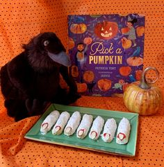 [author chat + recipe + giveaway] Pick a Pumpkin by Patricia Toht and Jarvis