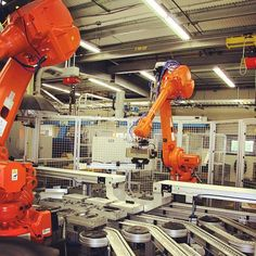 Happy Factory Friday! Check out these metalizing robots in our Charlestown, NH factory.