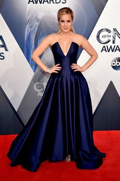 From Miranda Lambert to Carrie Underwood: See All The Best Dressed From the 2015 CMAs Here!
