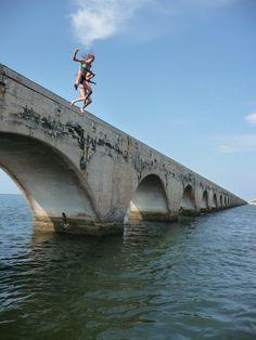 Bridge jumping w/ bestfriend