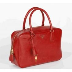 81d5a254cdb2 32 Best fashion style images | Prada handbags, Prada purses, Prada ...