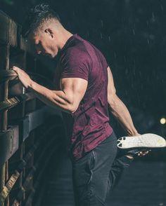 46 Ideas For Sport Style Men Gym Mens Fitness Bodybuilder, Sport Fashion, Fitness Fashion, Fitness Gym, Fitness Style, Fitness Sport, Senior Fitness, Fitness Models, Logo Image