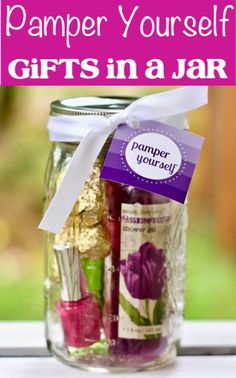 Pamper Yourself Gifts in a Jar! {such a fun DIY spa mason jar gift idea for all the women and girls on your list!} + More Fun Mason Jar Gift Ideas at Tea Wedding Favors, Gifts For Wedding Party, Party Gifts, Diy Gifts, Wedding Ideas, Craft Gifts, Handmade Gifts, Mason Jar Gifts, Mason Jar Diy