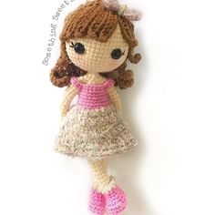 Pattern launching of this doll by @crochetwawa ... Head on to her page for attractive prizes to win
