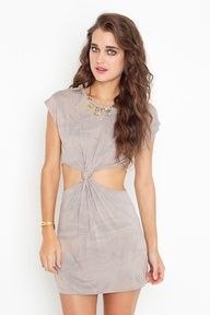 t shirt cut out dress (inspired by nasty gal)