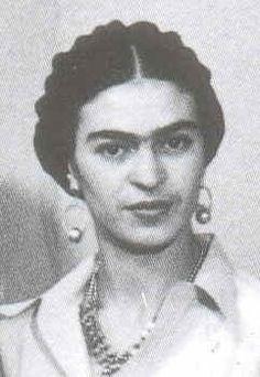 Frida Kahlo was Diego Rivera's biggest admirer. Frida E Diego, Diego Rivera Frida Kahlo, Frida Art, Natalie Clifford Barney, Frida Salma, Mexican Artists, Mo S, Portraits, Photos