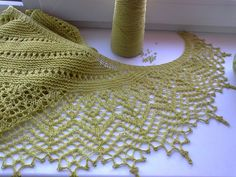 Olive Garden is a beautiful shawl that will keep you warm in the evening and will look very elegant at the same time. You may wear with your favorite dress or jeans, it will be wonderful in many combinations. free pattern