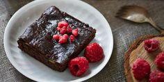 Hälsosam kladdkaka med avokado Chocolate, Desserts, Food, Velvet, Tailgate Desserts, Deserts, Schokolade, Essen, Chocolates